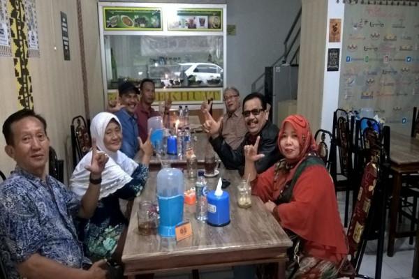 "Menu Andalan ""Lalakko Mat"" Di Coffee Resto IKLB Jawa Barat"