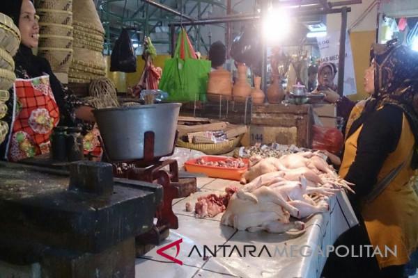 Harga Ayam Naik, Ini Harapan Pedagang Bogor