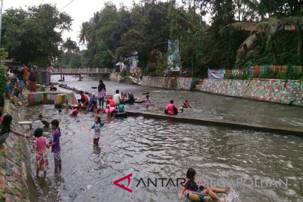 Warga Katulampa peringati hari air sedunia