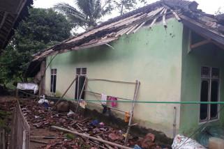Ribuan rumah di Sukabumi rusak akibat gempa