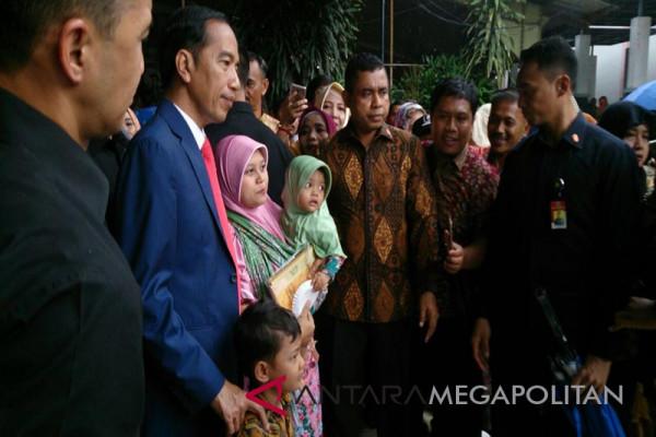 Presiden hadiri pernikahan anak mantan sopirnya