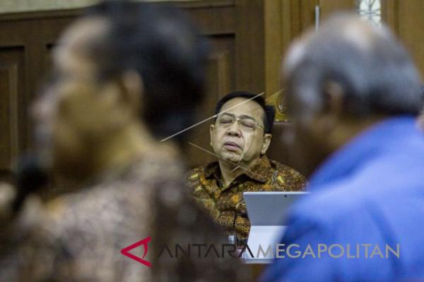 Hakim vonis Setya Novanto 15 tahun atas kasus korupsi KTP-e
