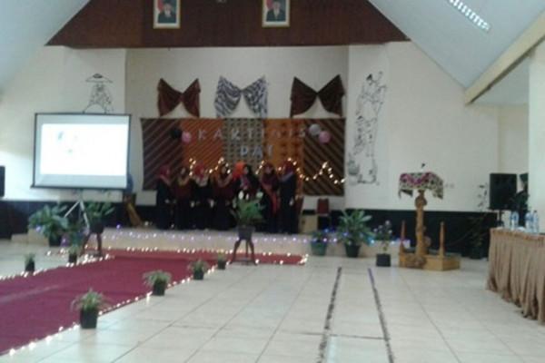 Mahasiswa jurluhnak STPP Bogor rayakan Hari Kartini