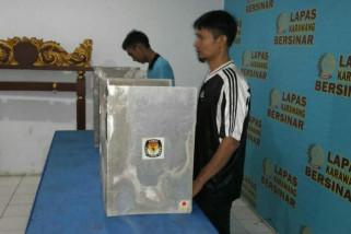 Sembilan PPK Bekasi belum rampungkan rekapitulasi suara