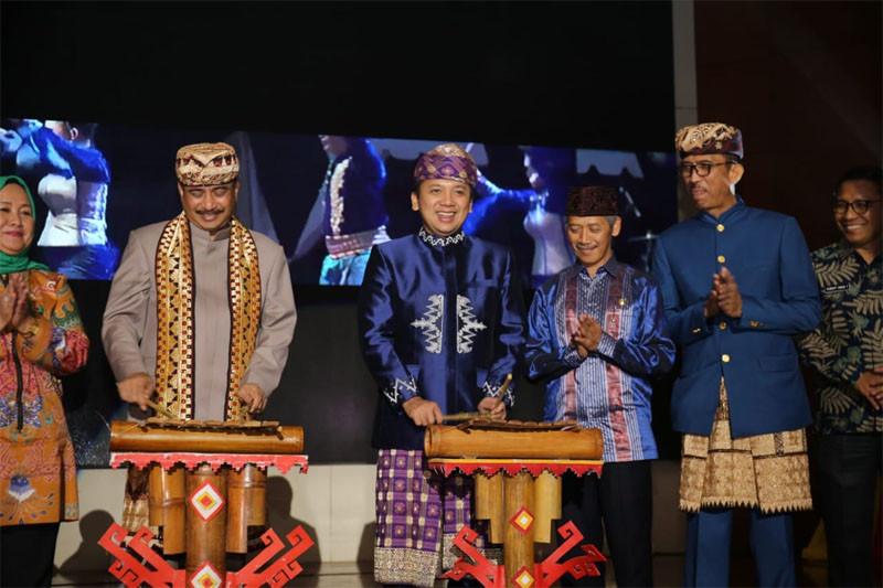 Gubernur Lampung Ridho Ficardo Membuka Gelaran Lampung Krakatau Festival 2018