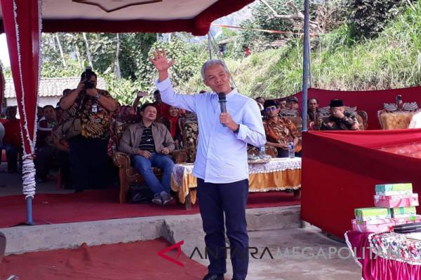 Ganjar: Tol Bawen-Yogyakarta tetap jalan