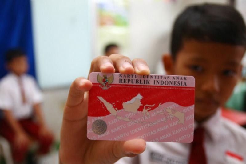 Karawang terima 79 ribu Kartu Identitas Anak