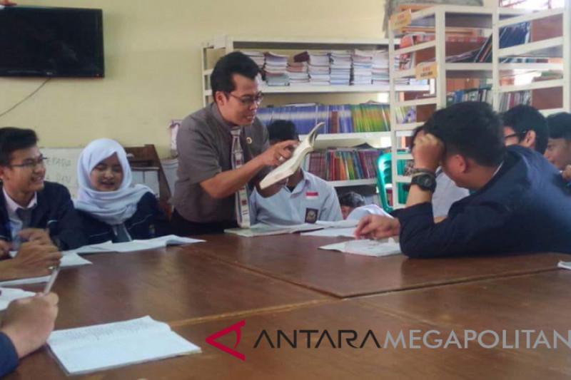 Ribuan guru honorer Kota Sukabumi mogok mengajar