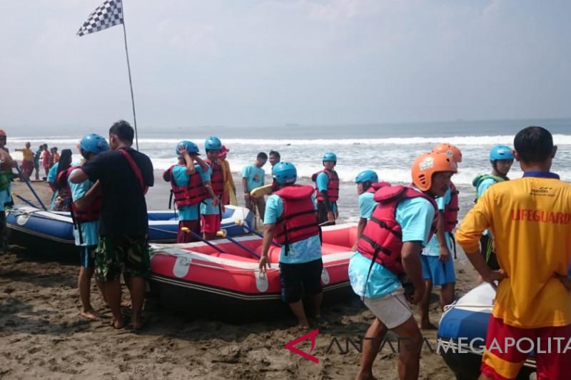 Ada wisata arung gelombang di Palabuhanratu