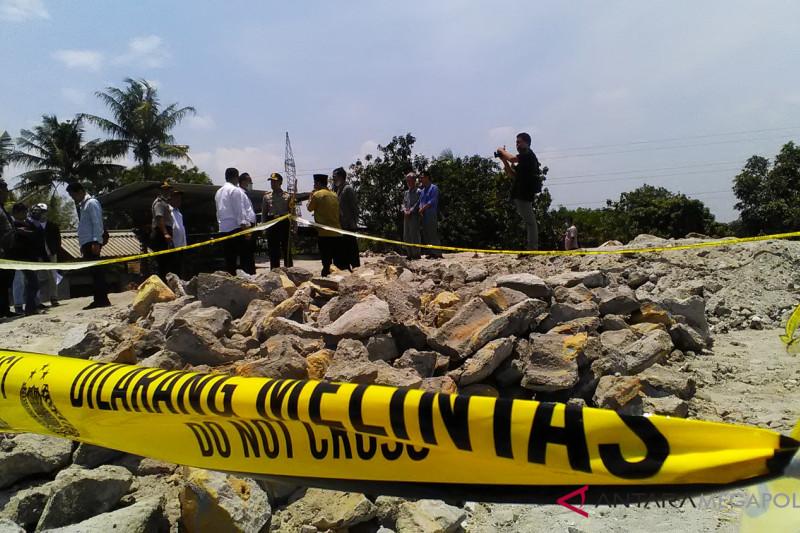 DLH Bekasi melakukan kajian pembungan limbah plastik