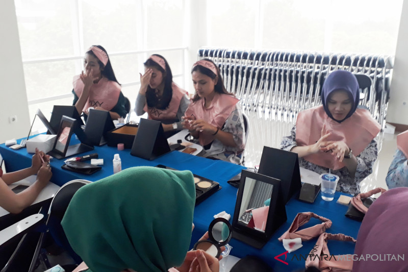 Mahasiswa UP sambut gembira Grooming and Beauty Class