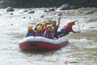 Hiking Bocah bisa jadi wisata rafting alternatif untuk anak-anak