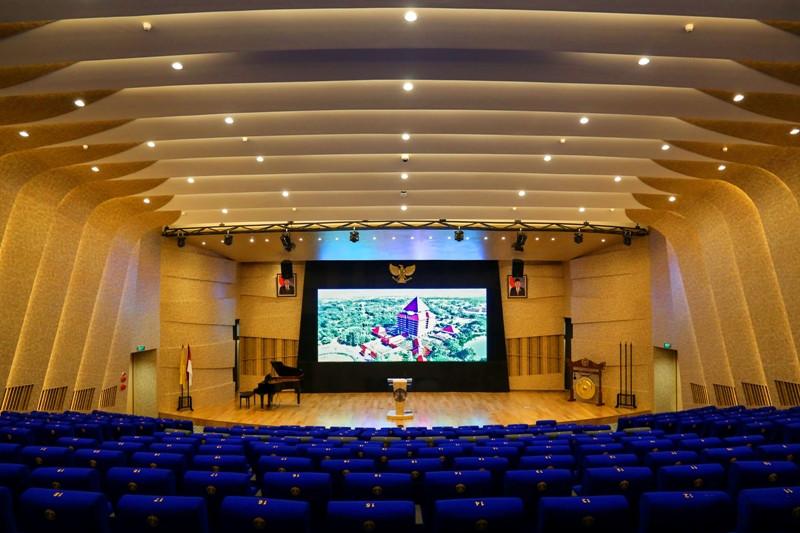 UI resmikan gedung pertunjukkan seni dan budaya