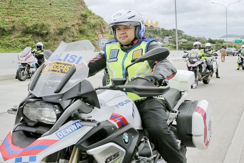 Gubernur Wagub dan Kapolda Lampung Konvoi Di Ruas Tol Bakauheni
