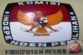 Pendaftaran paslon Aceh Utara diwarnai atraksi debus