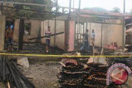 Delapan Rumah Warga Menggamat Hangus Terbakar