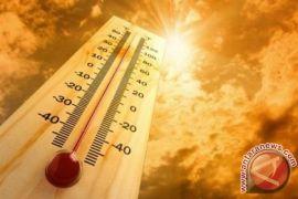 Cuaca panas menyengat landa Aceh