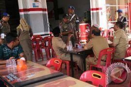 Tiga puluhan PNS di Lhokseumawe terjaring razia