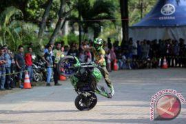 Atraksi Freestyle Sepeda Motor