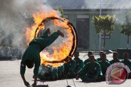Atraksi Halang Rintang Api