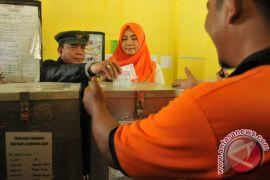 Menunggu ''kembali'' kiprah Irwandi-Nova membangun Aceh