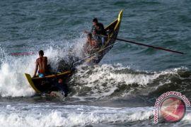 Boat nelayan Singkil tenggelam dihantam ombak