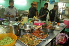 Polisi syariat grebek penjual nasi di Lhokseumawe