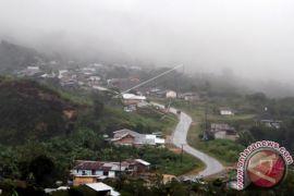 Arus balik- Kodim Aceh Utara pasang peringatan di Gunung Salak