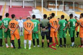 Latihan perdana Aceh United dibarengi hujan