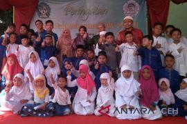 Mahasiswa UIN gelar maulid bersama anak yatim