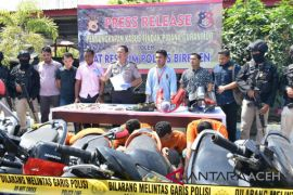 Polisi Aceh Barat tangkap tiga pencuri motor