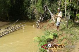 Erosi sungai di Abdya semakin mekhawatirkan