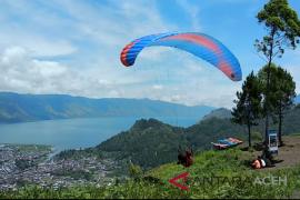 Pemkab Aceh Tengah tertarik pengembangan wisata paralayang