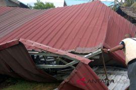 Puting beliung rusak tiga bangunan di Bener Meriah