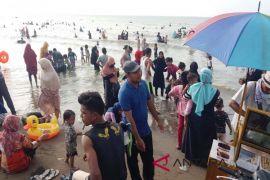Pengunjung objek wisata di Aceh Utara membeludak