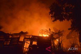 Dua rumah warga Aceh Timur terbakar