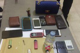 Polisi Aceh Timur tangkap remaja pesta narkoba