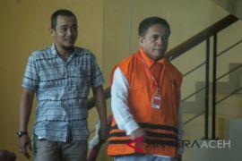 Pemeriksaan perdana Gubernur Aceh