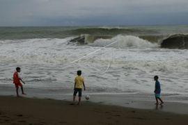 BMKG: jangan melaut akibat gelombang tinggi