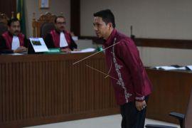 Bupati Bener Meriah dituntut 4 tahun penjara