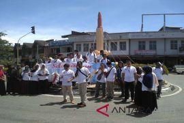 Pemuda Barat Selatan Aceh menuntut perhatian