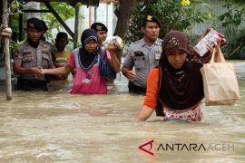 Tanggul jebol 6 desa di Aceh Utara terendam air
