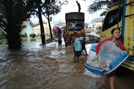 Banjir kepung Aceh Tenggara akibat sungai meluap