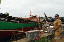 Pembuatan kapal nelayan tradisional berkembang di Lhokseumawe