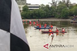 55 tim dayung tradisional ramaikan hari armada