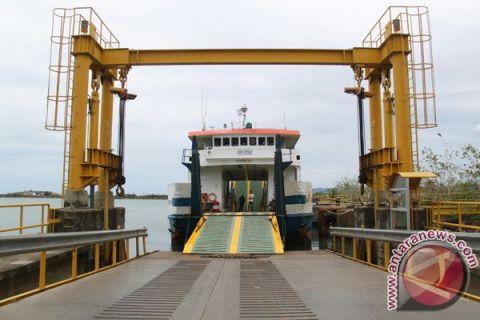 ASDP tak miliki solusi truk tertahan di pelabuhan