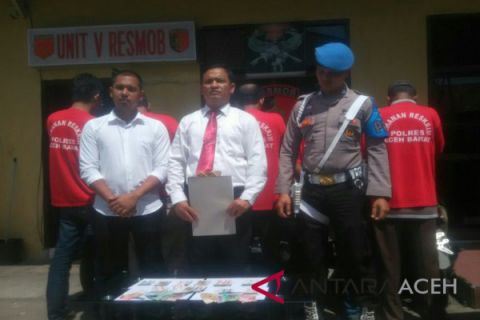 Pedagang dan nelayan Aceh Barat ditangkap judi