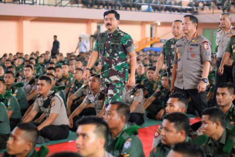 Panglima ingatkan TNI/Polri jaga netralitas
