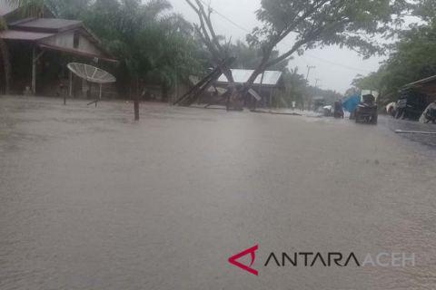 Banjir dan longsor landa Pidie