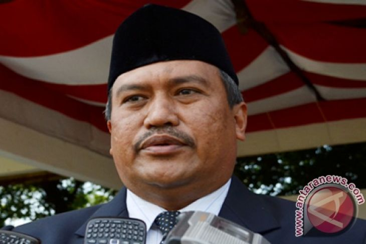 "Bupati Aceh Selatan Galakkan Program ""Saweu Sikula"""